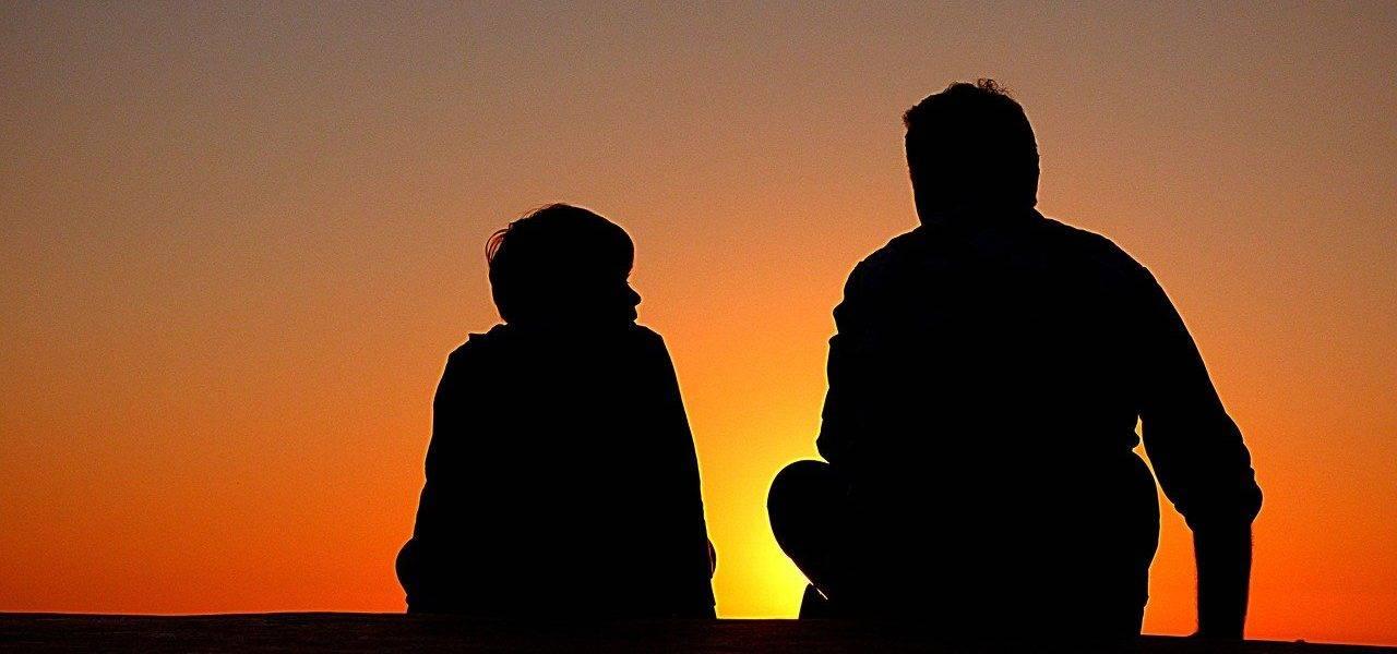 Silhouette Father And Son Sundown  - Free-Photos / Pixabay