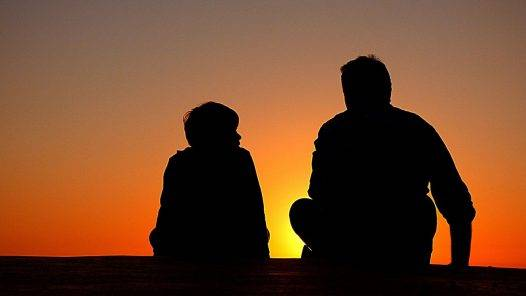 Silhouette Father And Son Sundown  - Free-Photos / Pixabay