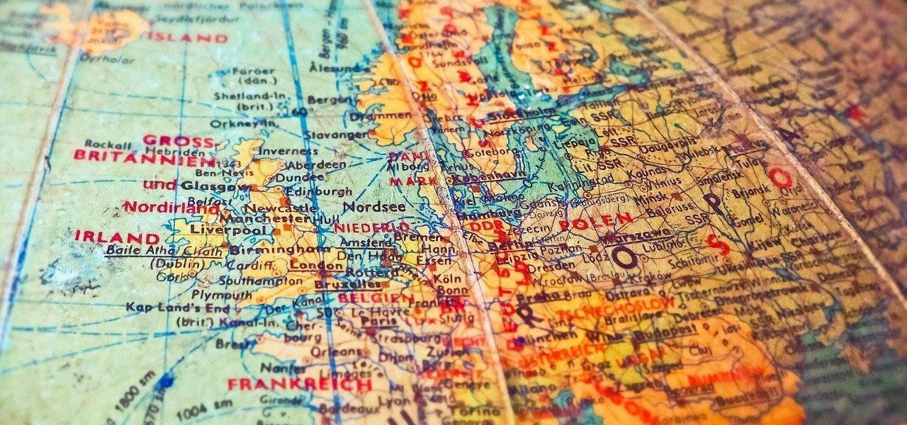 Globe Map Country Borders Old  - MichaelGaida / Pixabay